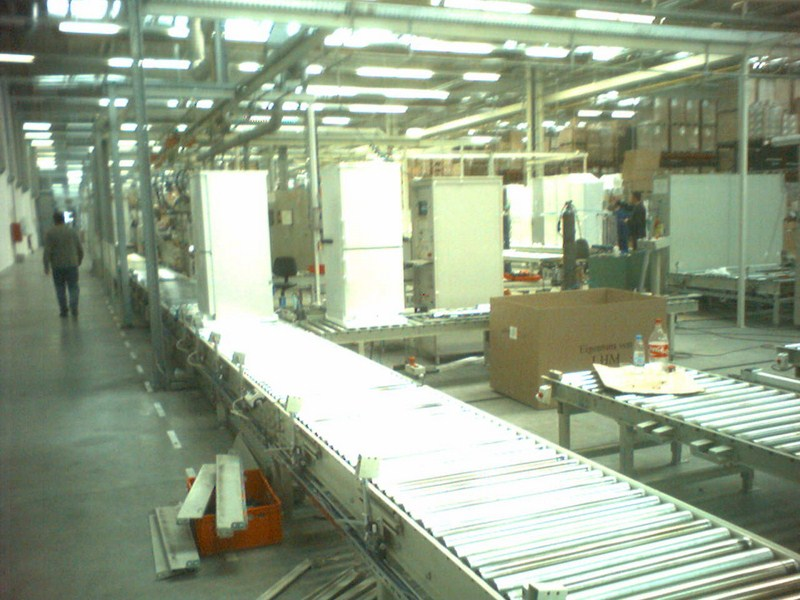 Conveyors for refrigerators LIEBHERR