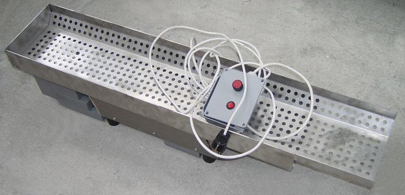Vibratory hopper real image, bulk feeder